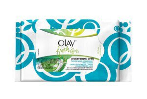 Olay-Fresh-Effects-Everything-Off-Deluxe-Makeup-Removal-Wet-Cloths-590x400-1-size-3